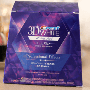 crest-3d-white-whitestrips-luxe-professional-effects