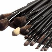 set-32-pensule-machiaj-make-up-all-black1